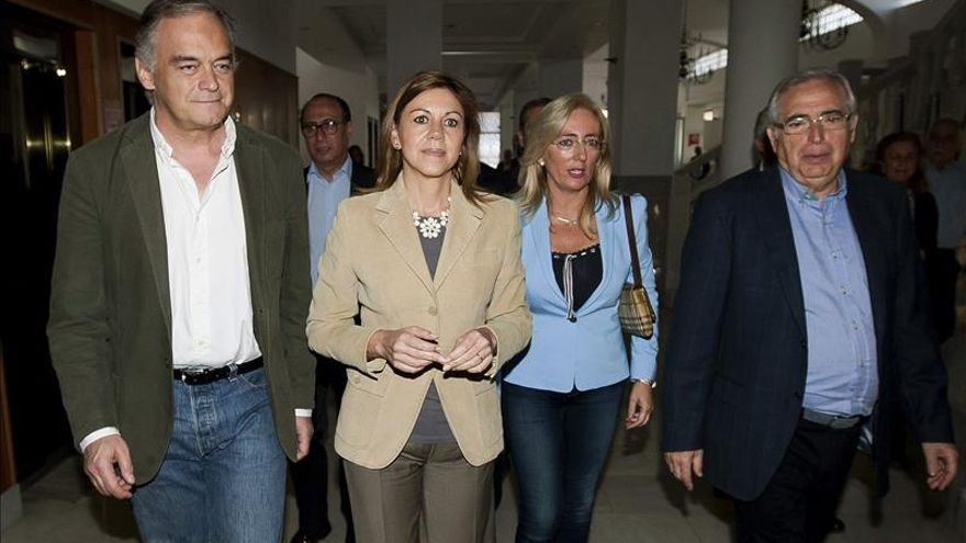 Cospedal asegura que Rajoy defenderá en el Congreso que la soberanía es de todos los españoles