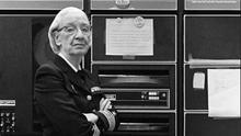 Sin ella los ordenadores que hoy conocemos no existirían: Grace Hopper, programadora y contraalmirante