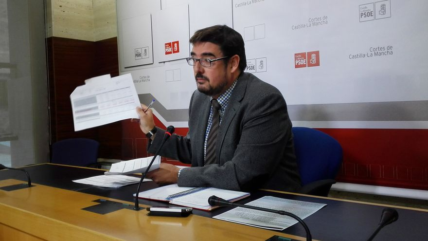 Rafael Esteban (PSOE) muestra presupuestos sobre artes escénicas