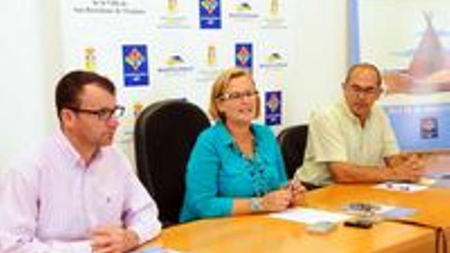 Los concejales que presentaron este miércoles las fiestas de San Fernando de Maspalomas.