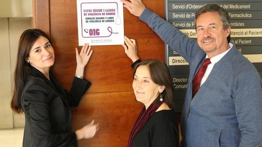 """Carmen Montón ha anunciado que los centros de salud serán """"espacios seguros y libres de violencia de género"""""""