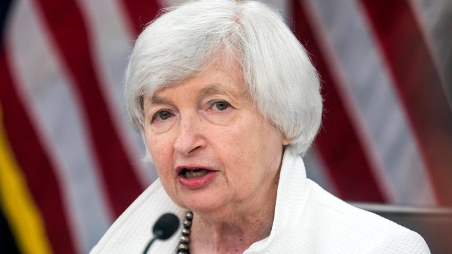 """Yellen reconoce que la Fed puede haber """"malinterpretado"""" la baja inflación"""