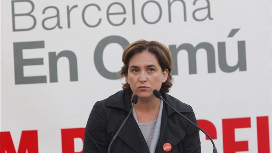 Colau dice que nunca se han planteado crear una marca catalana para el 27S