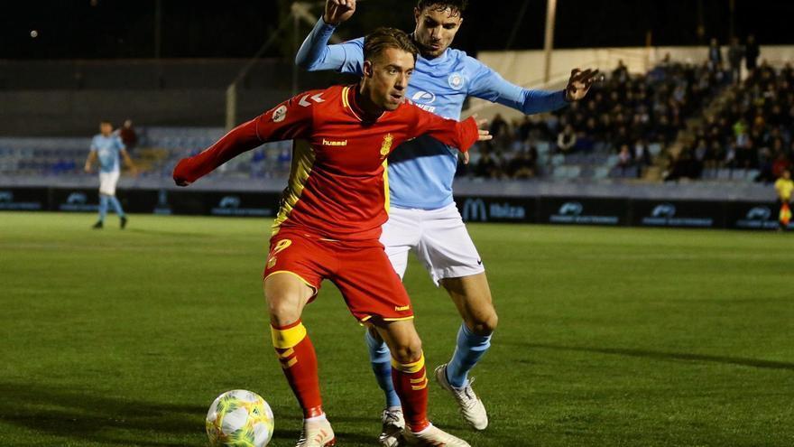 Un momento del Ibiza-Las Palmas Atlético