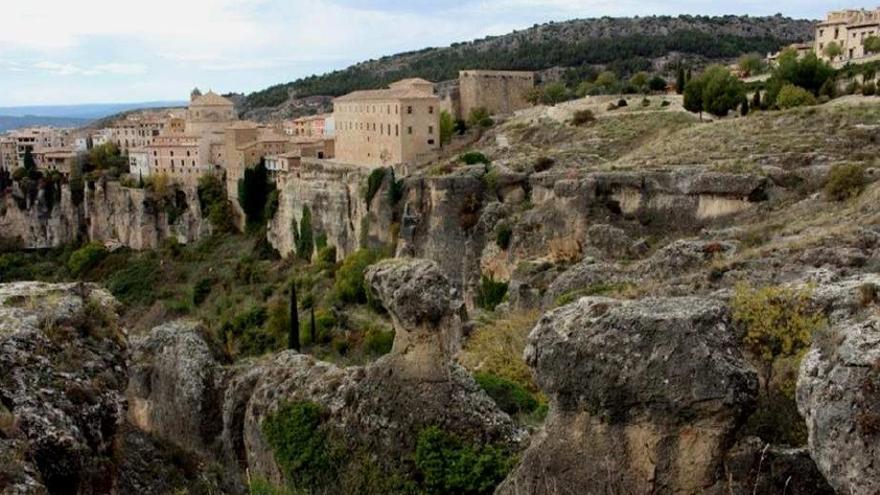 Vista de la Formación de la Dolomías de la Ciudad Encantada desde el Barrio del Castillo (Cuenca)