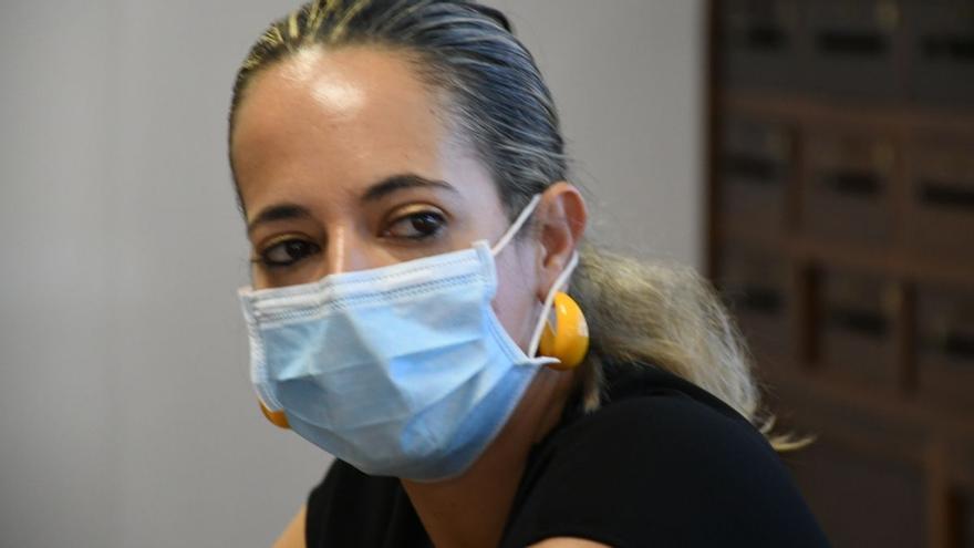 """Sanidad no administrará """"de  momento"""" la segunda dosis de la vacuna a cargos institucionales con expediente informativo por recibir la primera"""
