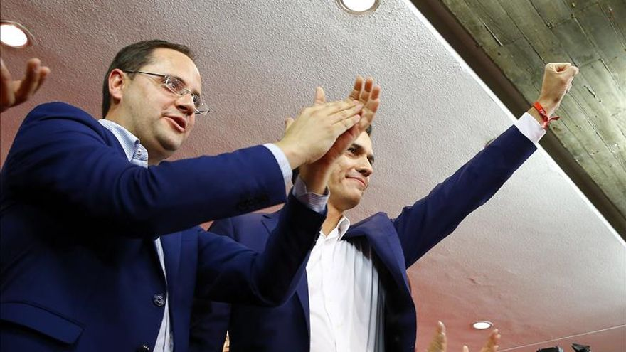 """El PSOE será """"responsable"""" pero rechazará la investidura de Rajoy"""