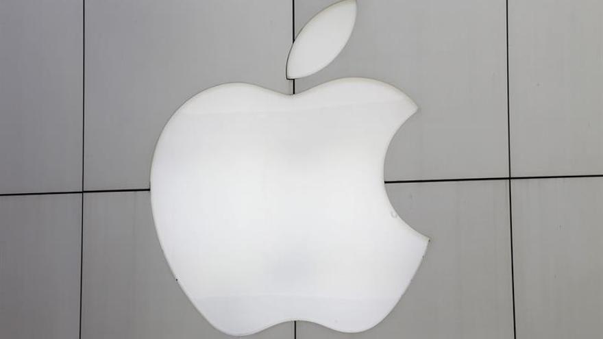 Apple interrumpe su carrera meteórica con la primera caída de beneficios en 13 años