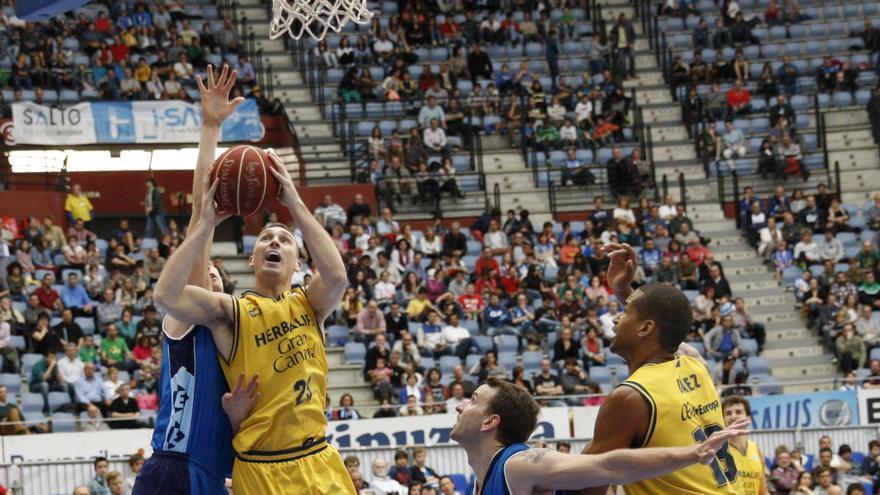 Ben Hansbrough en el partido ante el Gipuzkoa Basket. ACB Photo / L.García.