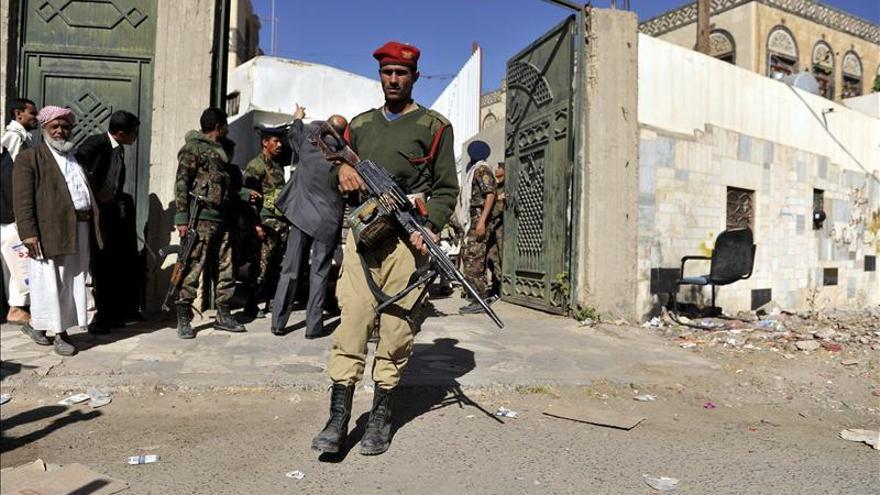 Yemen da 48 horas a Al Qaeda para que libere a tres rehenes europeos