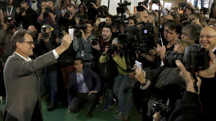 Mas se hace responsable del 9N e insta Rajoy a negociar un referendo acordado