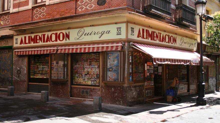 Pequeño comercio de alimentación en Madrid.
