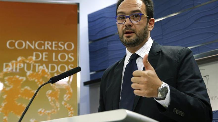 """El PSOE dice que es """"vergonzoso"""" que Rajoy vaya al Congreso solo vea al PP"""