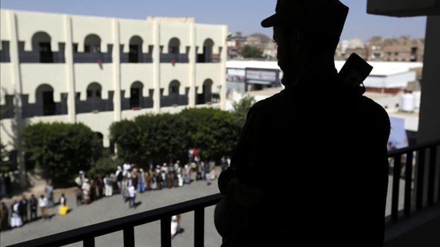 Fuerzas leales a presidente yemení toman la capital de la provincia de Al Yuf