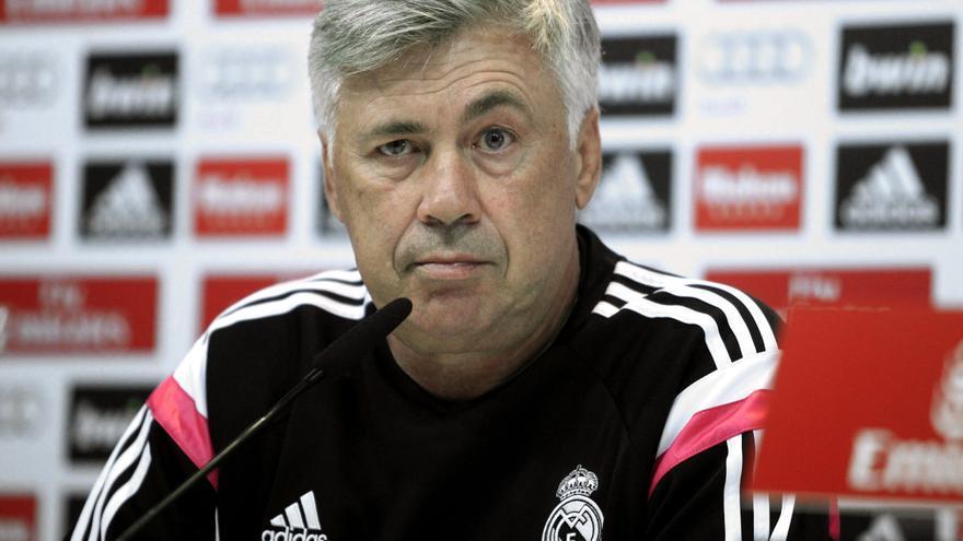 El entrenador del Real Madrid, Carlo Ancelotti, durante una rueda de prensa. Víctor Lerena/(EPA) EFE/Newscom