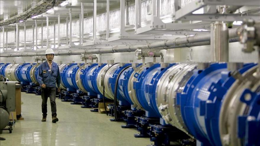 Científicos detectan neutrinos cosmicos de la colisión más violenta del Universo