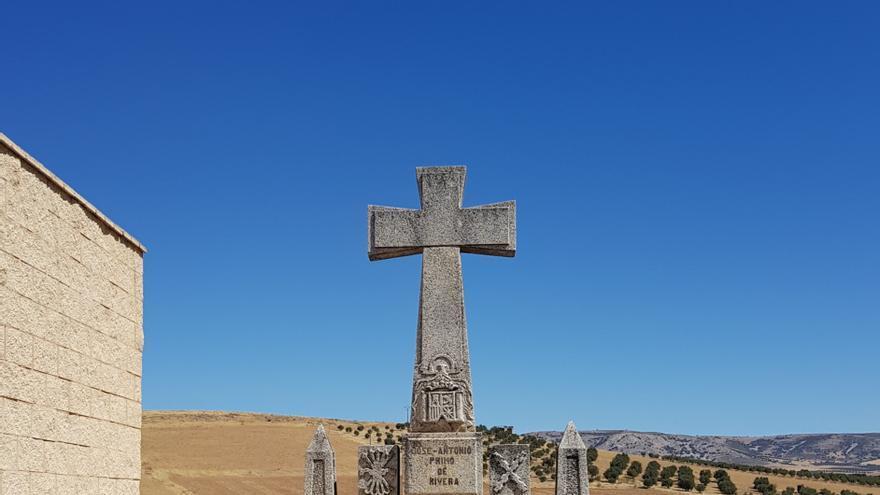 Estado actual de la Cruz de los Caídos en Porzuna / Blog Porzuna Conectada