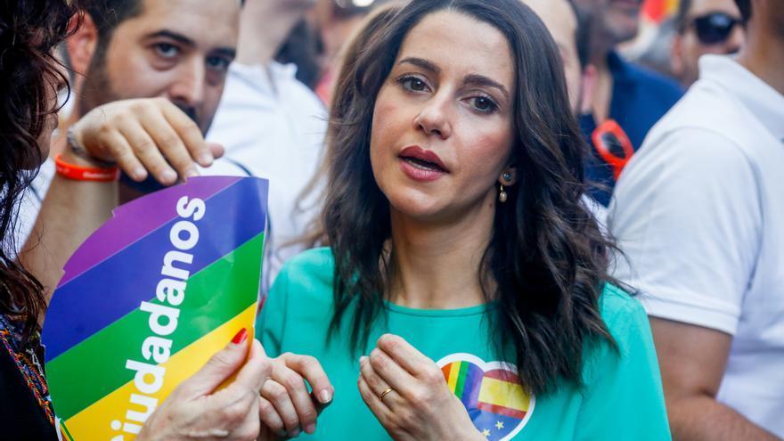 """Arrimadas pide a Marlaska que dimita """"si tiene dignidad"""" por """"alimentar el odio"""" contra los votantes de Ciudadanos"""