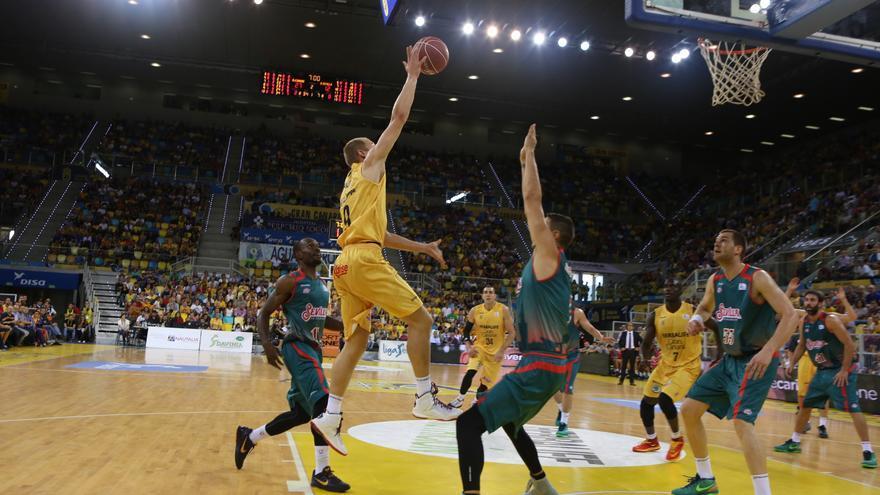 Encuentro entre el Herbalife Gran Canaria y el Baloncesto Sevilla