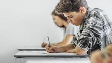 Ya hay fechas para las pruebas del título de graduado en ESO para adultos en Castilla-La Mancha