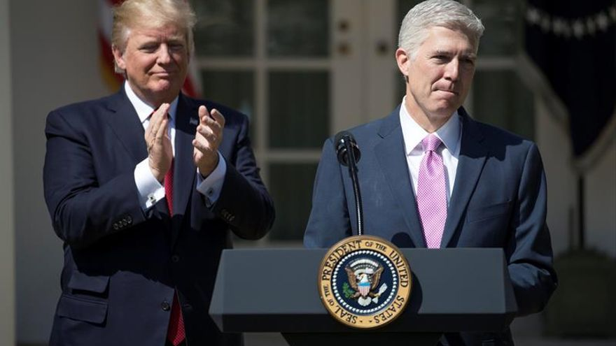 Trump coloca en los tribunales un número récord de jueces en su primer año