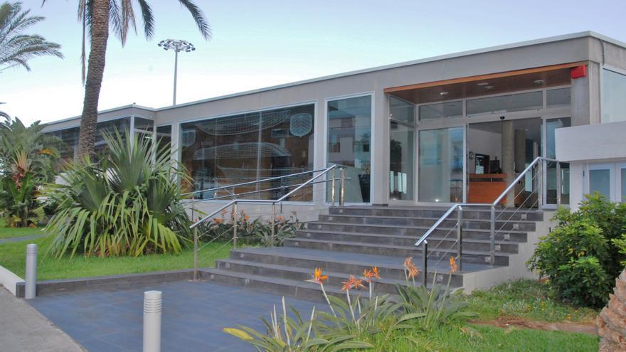 Entrada del Club Náutico de Santa Cruz de La Palma.