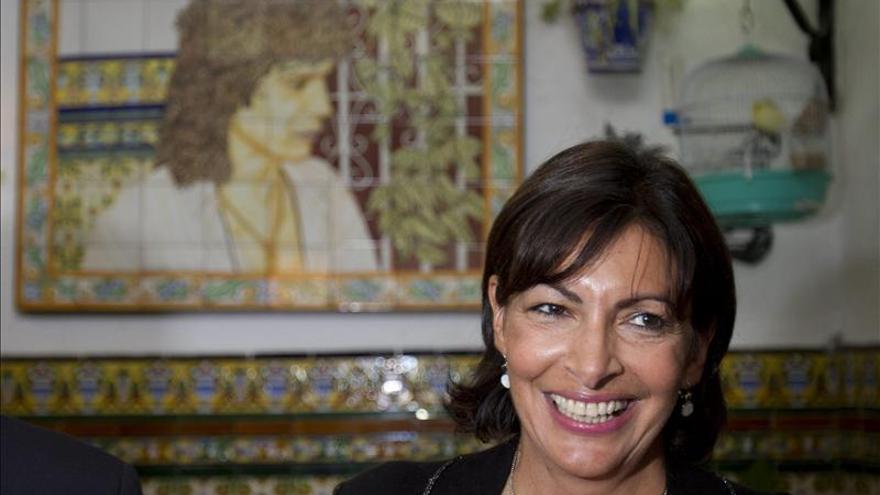 Los socialistas de París eligen hoy a Anne Hidalgo como su candidata