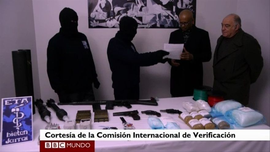 La Comisión de Verificación Internacional, en la entrega de febrero de 2014.