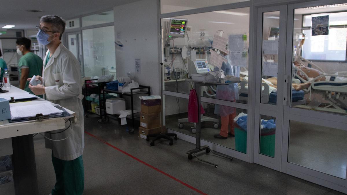 La medida aplica para las intervenciones médicas vinculadas a patologías que con criterio médico no sean de carácter urgente.