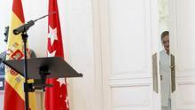 Cristina Cifuentes se retira tras anunciar su dimisión.