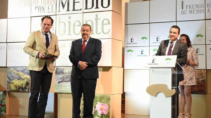El viceconsejero andaluz de Medio Ambiente recoge el I Premio de Medio Ambiente de Castilla-La Mancha