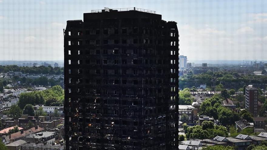 La Policía eleva a 58 la cifra de muertos por el incendio de Londres