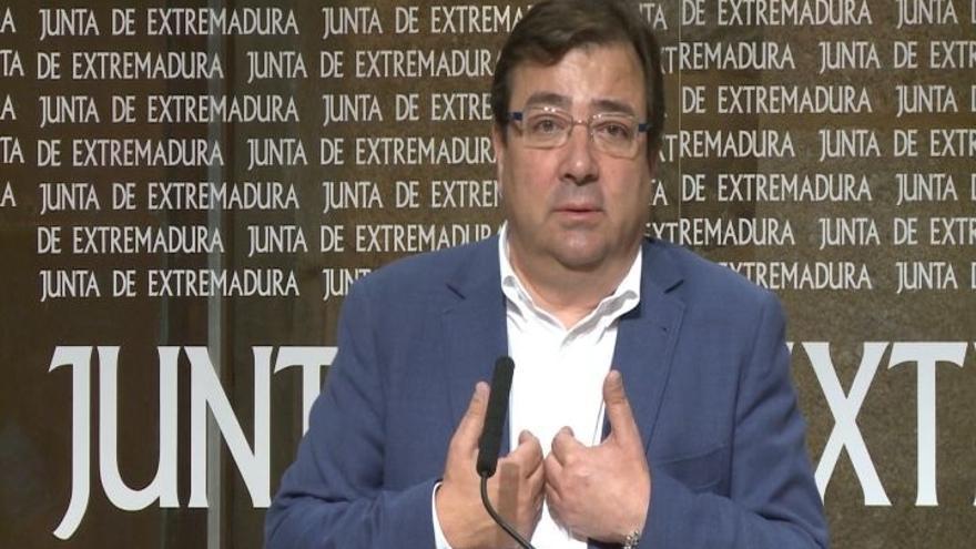 """Vara asegura que Susana Díaz se opone a """"meter en campaña o precampaña"""" el Congreso del PSOE"""