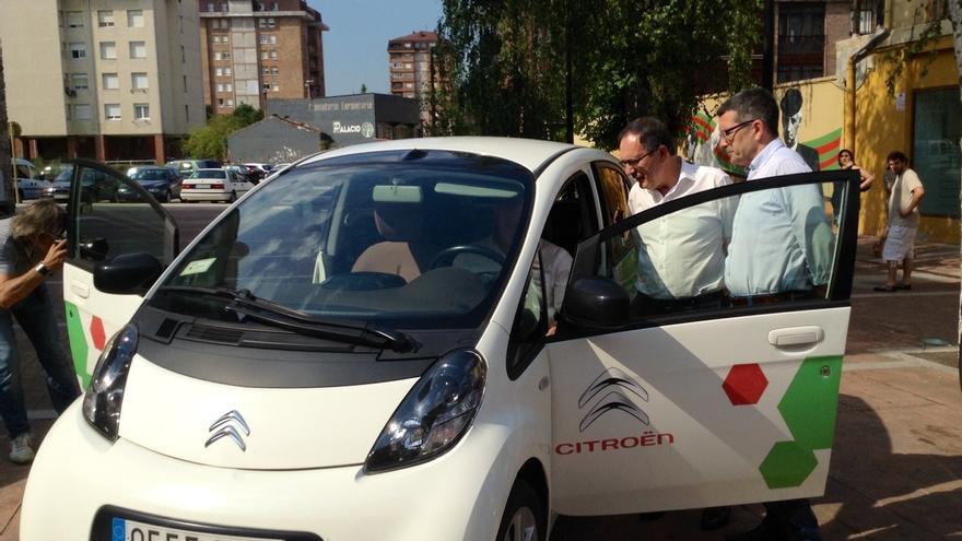Las ventas de coches eléctricos se disparan un 100% hasta agosto en Cantabria