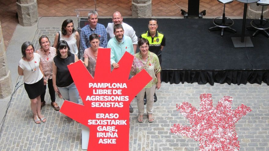 Pamplona lanza una campaña contra las agresiones sexistas durante las fiestas de San Fermín