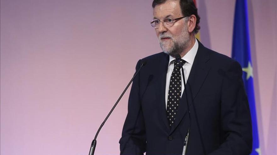 """Rajoy analiza hoy con los ministros económicos las consecuencias del """"no"""" griego"""