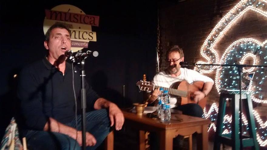 Pep Gimeno, Botifarra, i Miquel Gil, en una actuación.