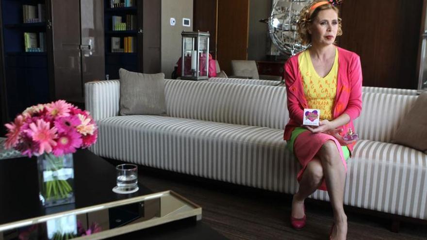"""Agatha Ruiz de la Prada dice que """"todo el mundo necesita color y optimismo"""""""