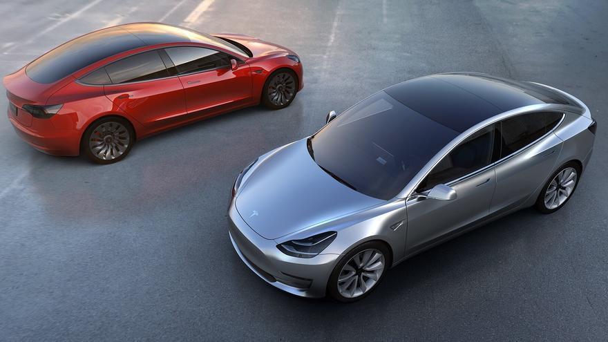 Dos ejemplares del nuevo Tesla Model 3 | teslamotors.com