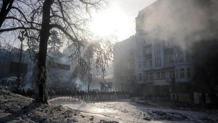 Los manifestantes de Kiev preparan una sustancia similar al napalm, según las autoridades