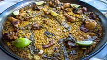 ¿Paella de arroz integral? Te contamos cuatro maneras de hacerla