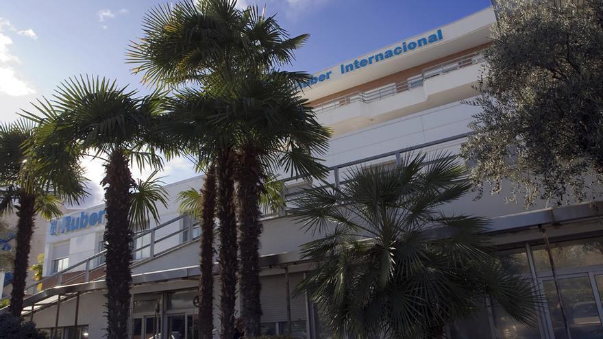 Fachada de la clínica Ruber Internacional, objeto de deseo para la expansión de IDCSalud. / Ruber.es
