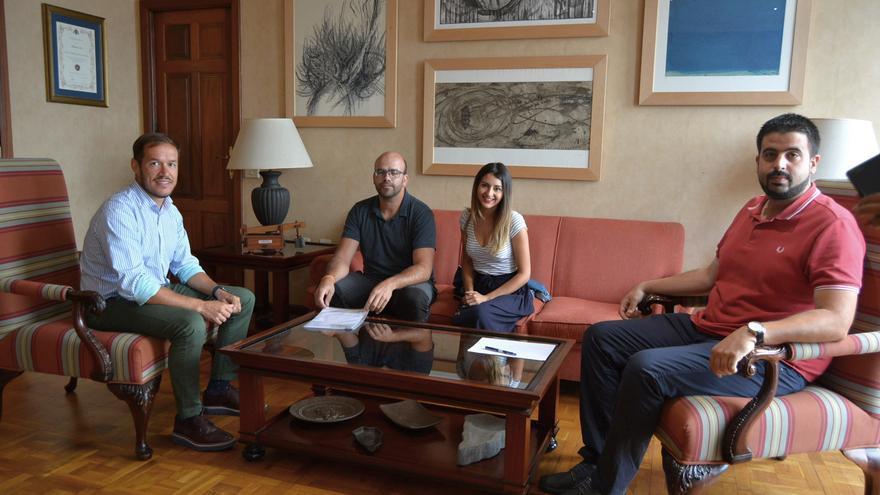 Reunión mantenida con Aanipal en el Cabildo.