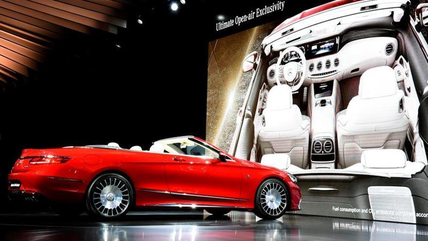 Mercedes Benz presenta en Los Ángeles el primer Maybach descapotable