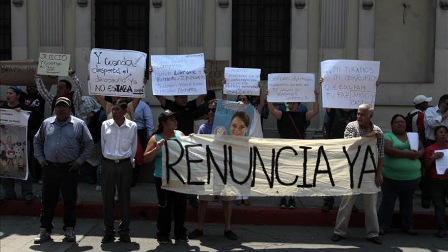 El presidente de Guatemala respeta el posible juicio a la vicepresidenta por corrupción