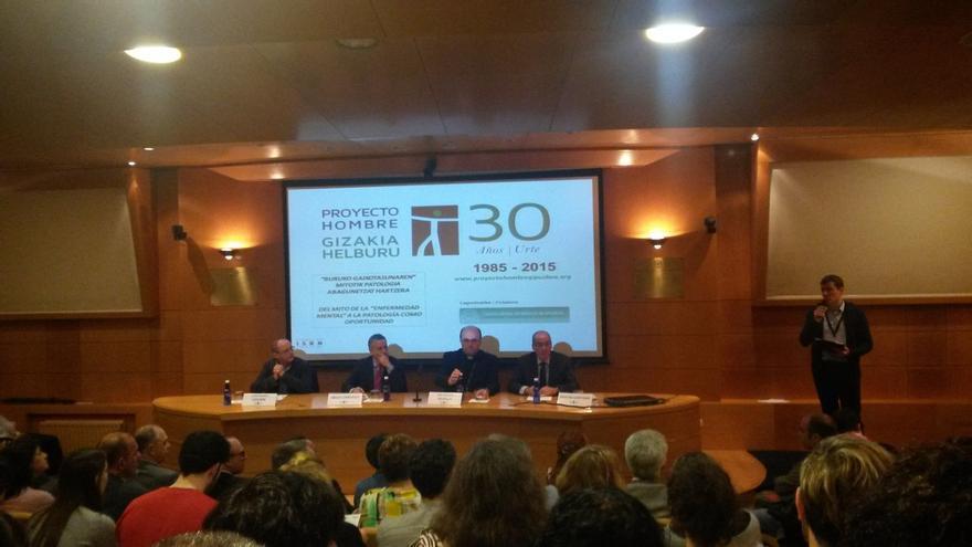 """Urkullu afirma que """"ayudar al débil nos hace grandes como sociedad"""" en el 30 aniversario de Proyecto Hombre Gipuzkoa"""