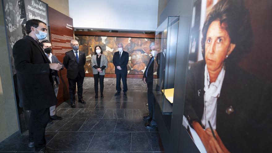 Visita del lehendakari, Iñigo Urkullu, al Centro Memorial de las Víctimas del Terrorismo en Vitoria