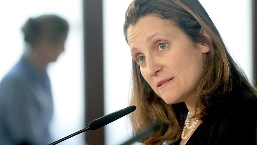 Los titulares de Exteriores de EE.UU. y Canadá hablan sobre la crisis con Arabia Saudí