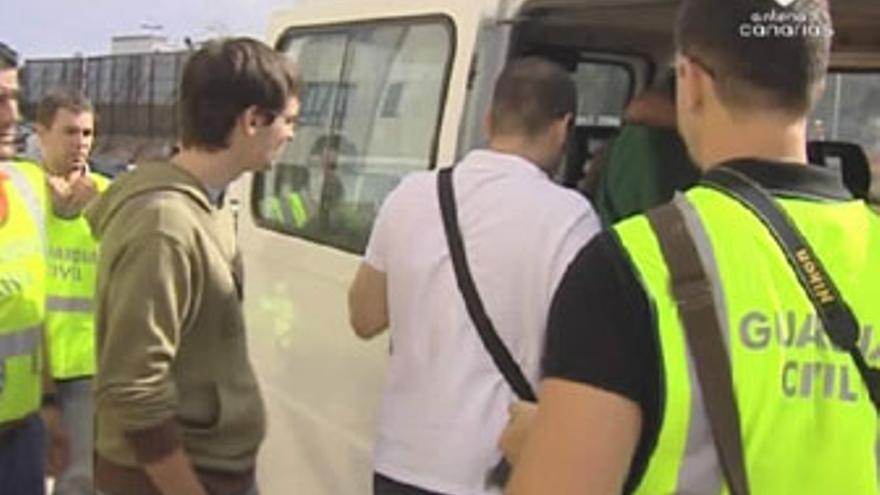 La Guardia Civil detuvo a media docena de empleados de Colaboración Tributaria SL. (ANTENA 3 CANARIAS)