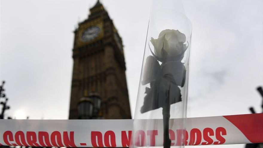 El autor del ataque de Londres nació con el nombre de Adrian Elms